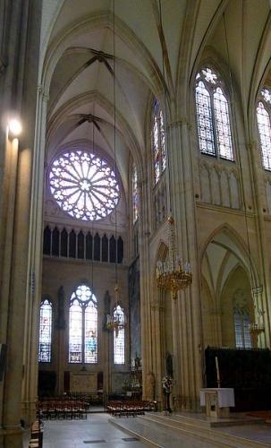 St-Clotilde_transept_gauche_rwk.JPG