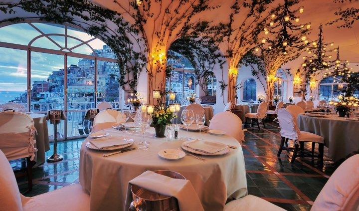 bar_restaurants_lasponda_1michelin-star-positano_02