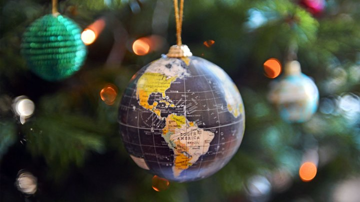 christmas-traditions-around-the-world-gettyimages-460213185